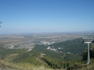 Вид на Белокуриху с канатной дороги