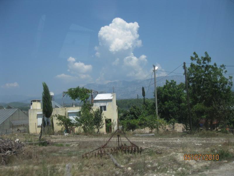 Деревня где-то рядом с Анталией